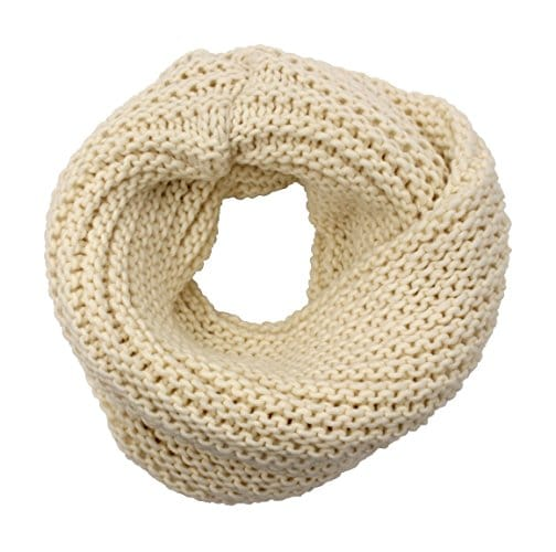 Knitted neck warmer col. Cream