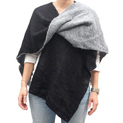 Solid color cape col. Black and Grey