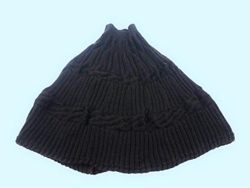 Poncho fatto a maglia col. Nero