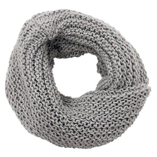 Scaldacollo fatto a maglia col. Grigio
