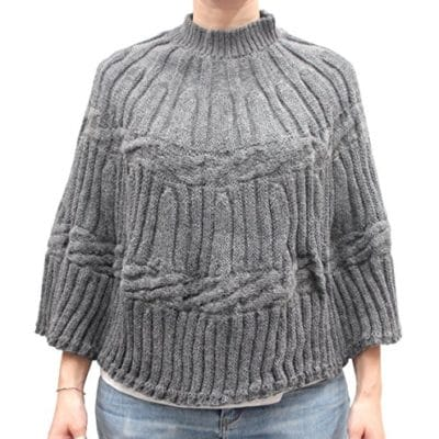 Knitted poncho col. Grey
