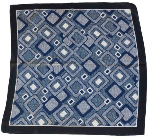 Foulard in seta con disegno geometrico col. Petrolio